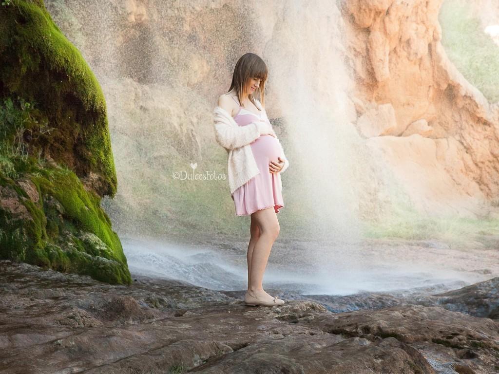 Embarazada en cascada1